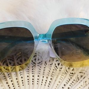 Free People Accessories - Free People Gradient Real Deal Oversized Sunglass